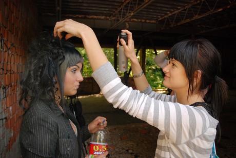 ucesy na ples dlhe vlasy rovna ofina dlhe vlasy video strihanie ...